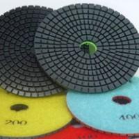 Flexible resin pads